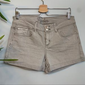 dELiA's | Jayden 5 Pocket Zipper Gray Jean Shorts